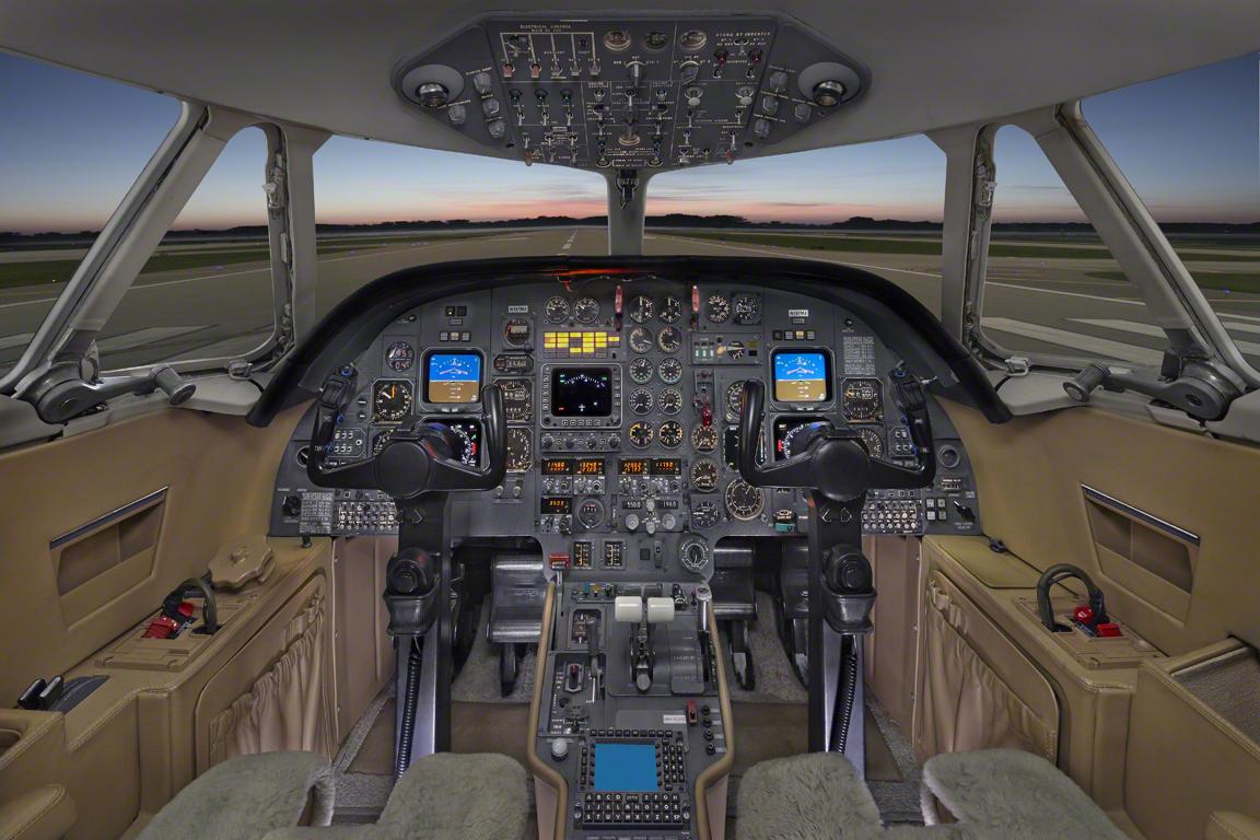 Charter Phone Service >> Falcon 100 N197MJ - Club Jet