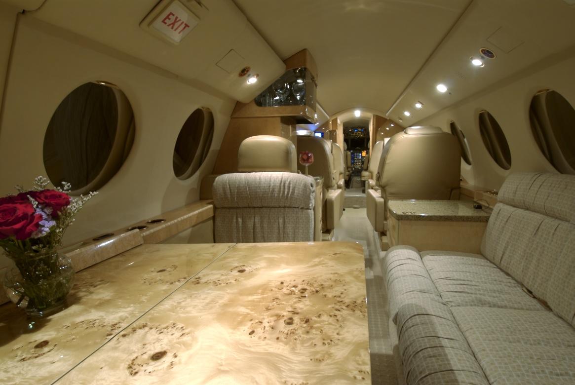 Falcon 50 N777ZL  Club Jet